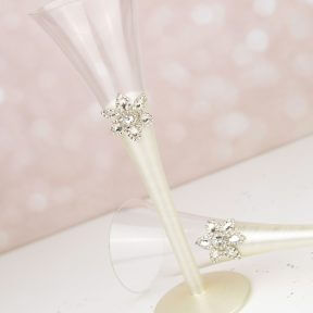 Grandeur Wedding Champagne Glasses
