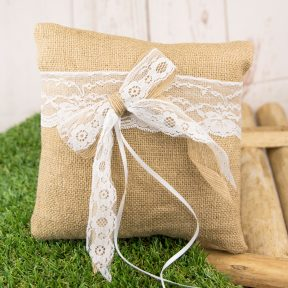 Chic Lace Bow Ring Pillow