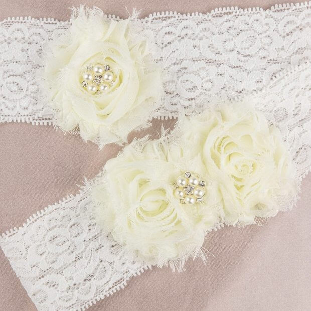 vintage lace bridal garter set with ivory flowers and pearl centres