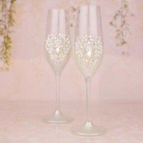 Alluring Gems Champagne Flutes