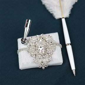 Alluring Gems Wedding Pen