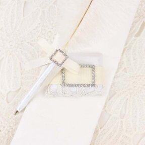 Ivory Elegance Wedding Pen