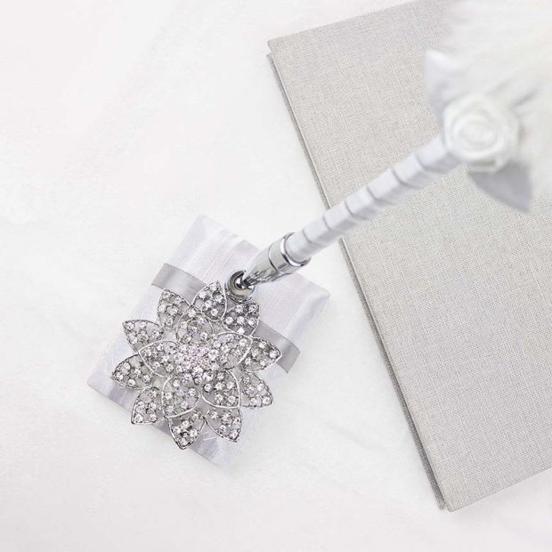 Designer Diamond Flower Feather Pen