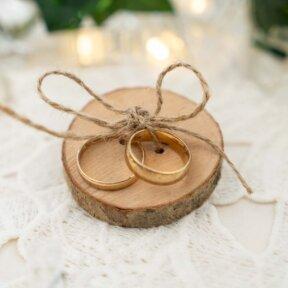 Wooden Wedding Rings Holder