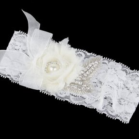 Diamante Pearl and Flower Bridal Garter