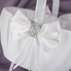 Diamante Clasp Flower Girl Basket