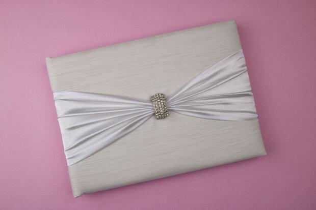 Silver Clasp Wedding Guestbook
